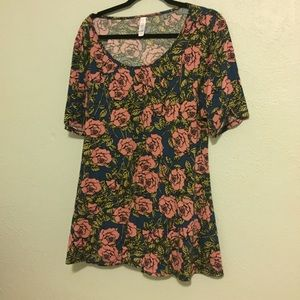 Perfect T Lularoe xl floral